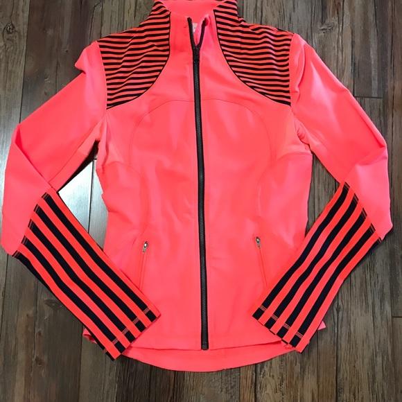 lululemon athletica Jackets & Blazers - 🌟Lululemon Forme Jacket $69🌟